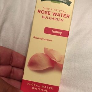 Nature's truth rose water toner NEW
